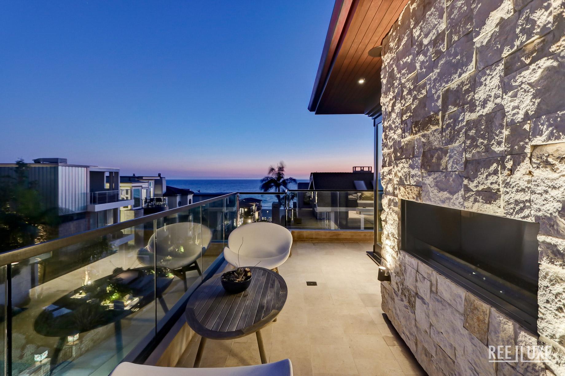 Bespoke Luxury Residence - 205 20th Street, Manhattan Beach, CA, USA - Deck Ocean View