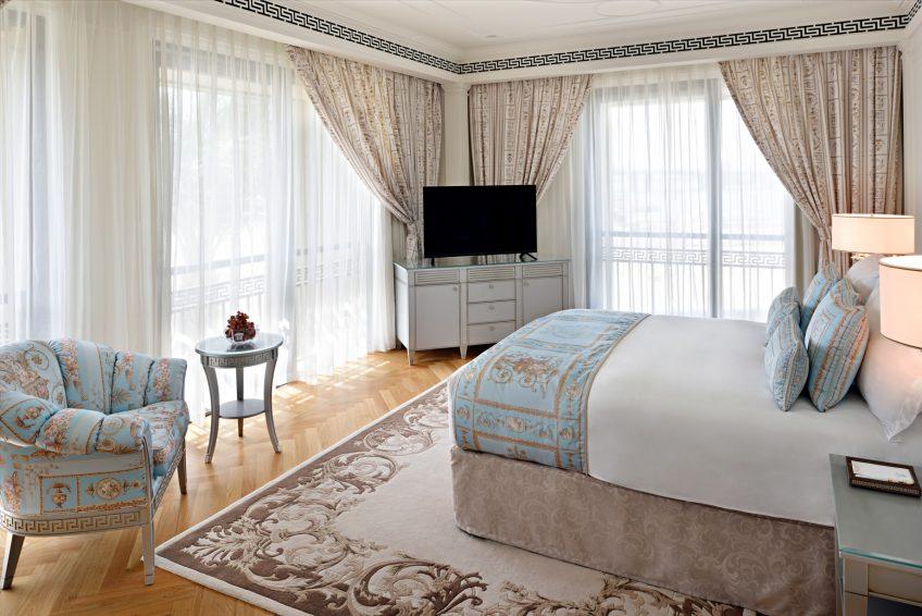 Palazzo Versace Dubai Hotel - Jaddaf Waterfront, Dubai, UAE - 6 Bedroom Residence Bedroom