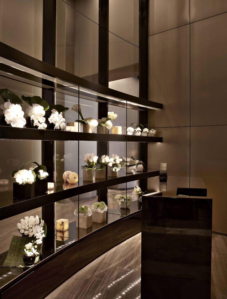 Armani Hotel Dubai - Burj Khalifa, Dubai, UAE - Armani Fiori Exclusive Shop