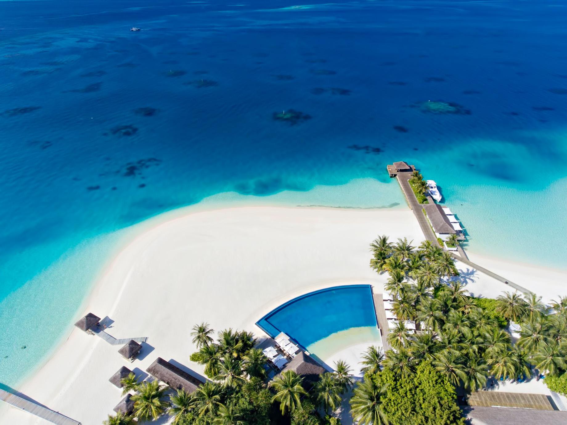 Velassaru Maldives Luxury Resort – South Male Atoll, Maldives – Infinity Pool