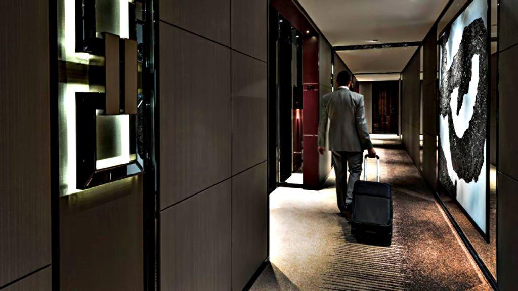 Regent Shanghai Pudong Luxury Hotel - Shanghai, China - Hallway