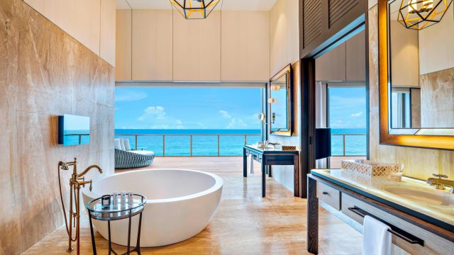 The St. Regis Maldives Vommuli Luxury Resort - Dhaalu Atoll, Maldives - John Jacob Astor Estate Bathroom