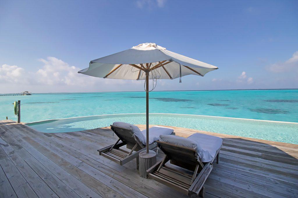 Soneva Jani Luxury Resort - Noonu Atoll, Medhufaru, Maldives - 4 Bedroom Water Reserve Villa Infinity Pool Deck Chairs