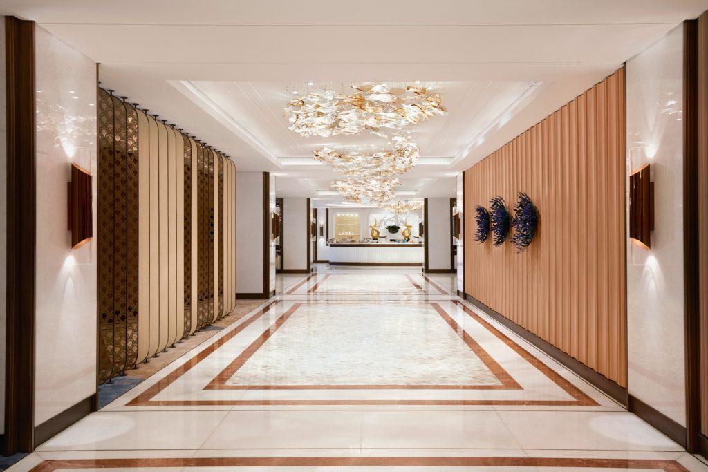 Atlantis The Palm Luxury Resort - Crescent Rd, Dubai, UAE - Hallway