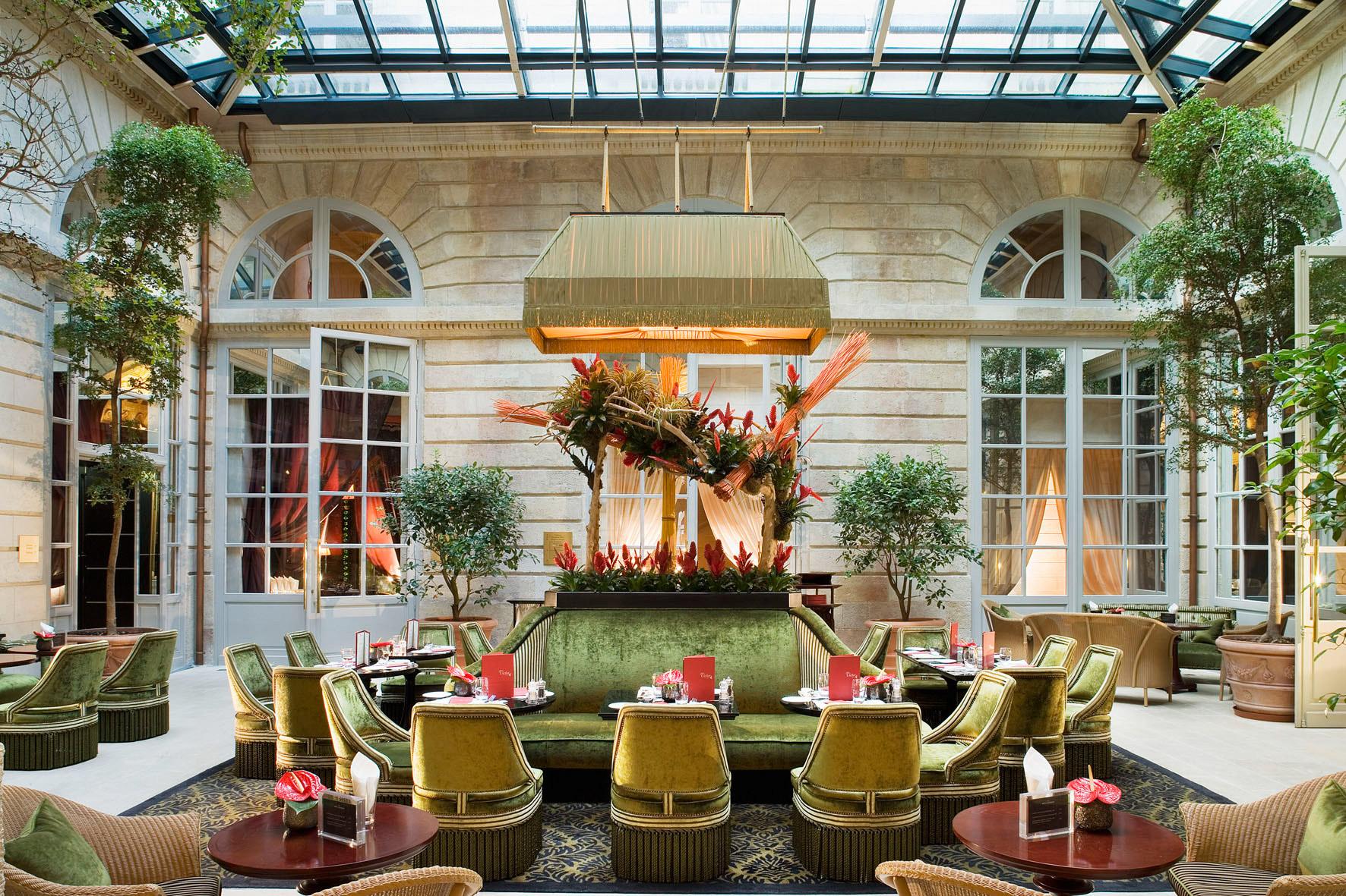 InterContinental Bordeaux Le Grand Hotel - Bordeaux, France - Bar l'Orangerie Atrium