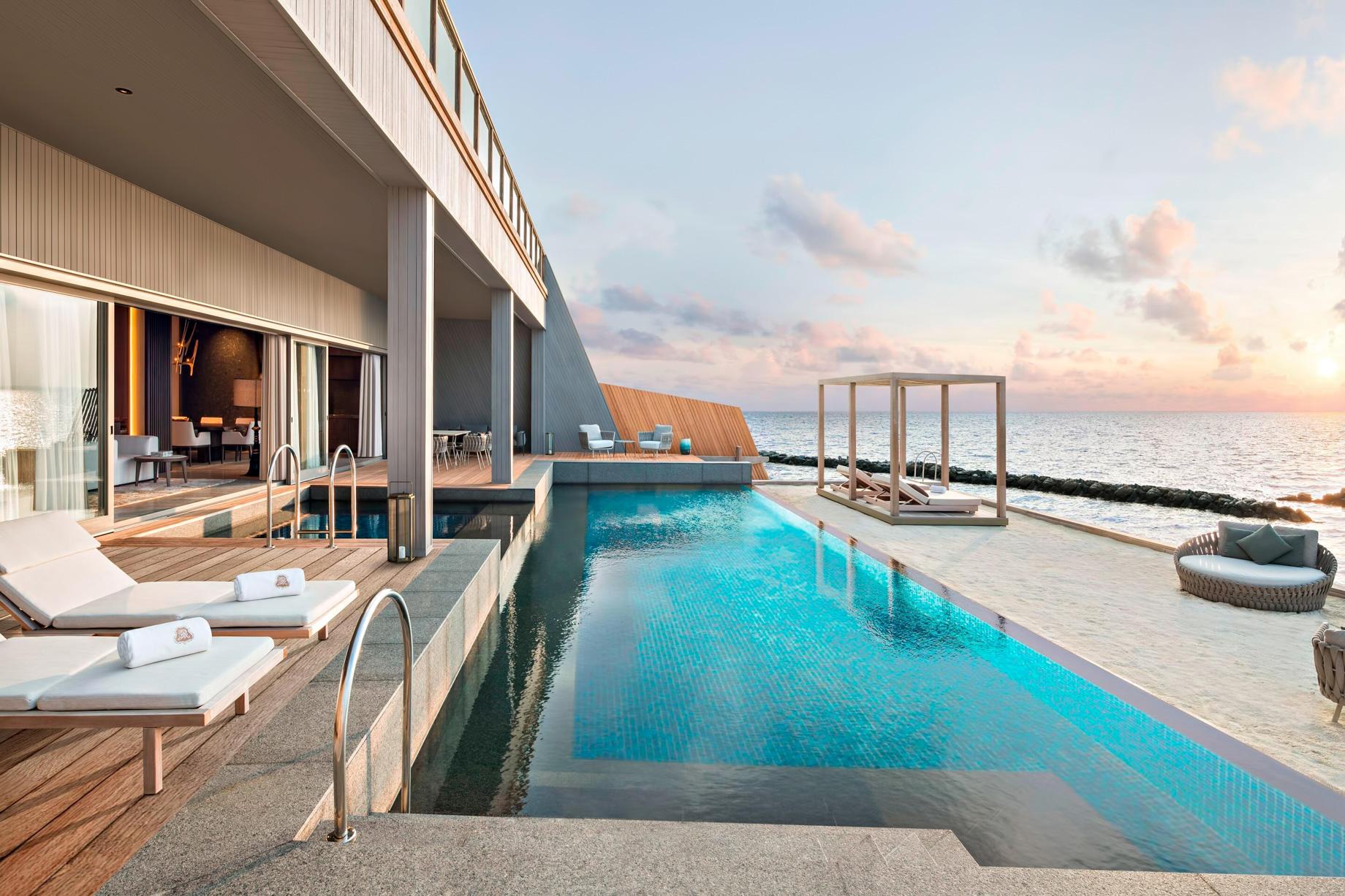 The St. Regis Maldives Vommuli Luxury Resort – Dhaalu Atoll, Maldives – John Jacob Astor Estate Pool Terrace