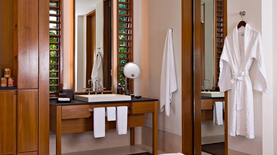 Amanyara Luxury Resort - Providenciales, Turks and Caicos Islands - Artist Ocean Villa Bathroom