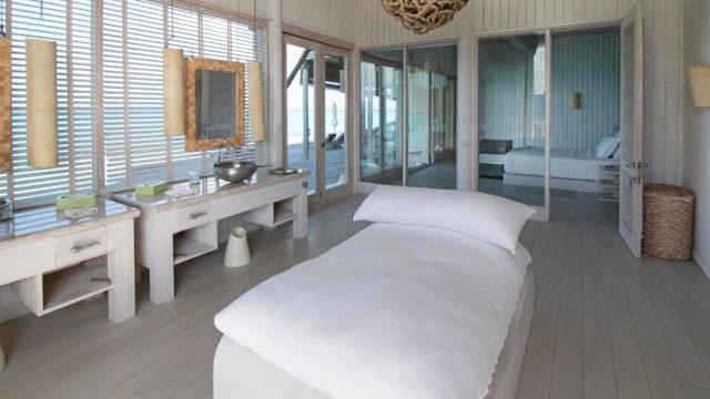 Soneva Jani Luxury Resort - Noonu Atoll, Medhufaru, Maldives - 4 Bedroom Water Reserve Villa Bathroom