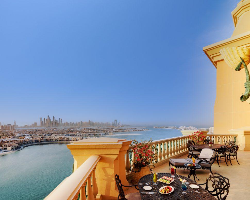 Atlantis The Palm Luxury Resort - Crescent Rd, Dubai, UAE - Royal Bridge Suite Terrace