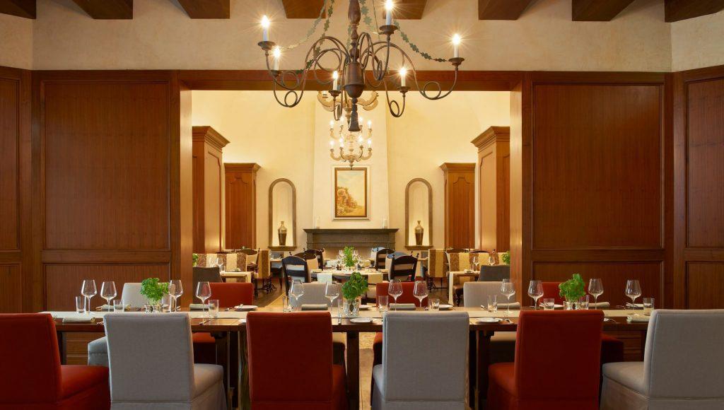 The St. Regis Abu Dhabi Luxury Hotel - Abu Dhabi, United Arab Emirates - Villa Toscana Private Dining