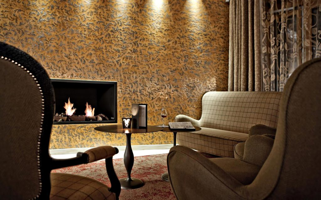 Tschuggen Grand Luxury Hotel - Arosa, Switzerland - Fireside Seating