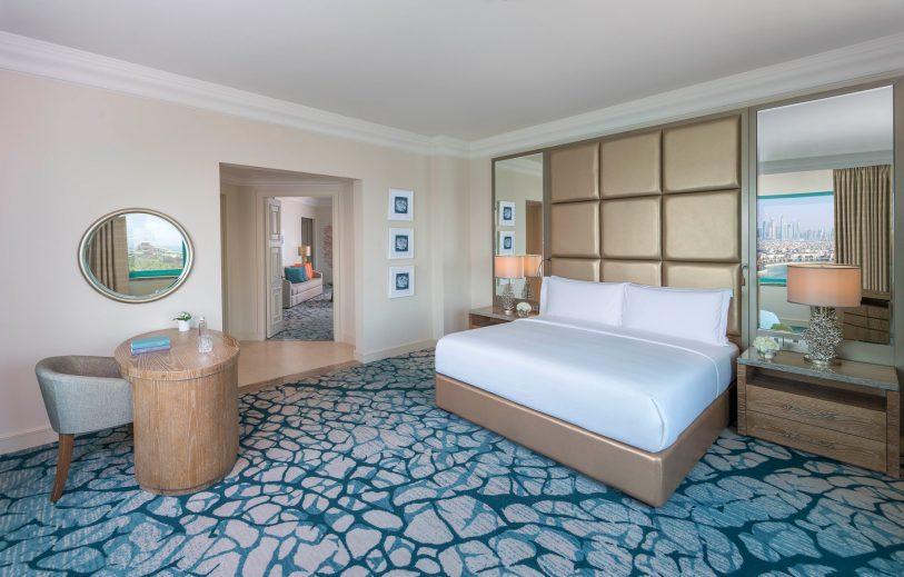 Atlantis The Palm Luxury Resort - Crescent Rd, Dubai, UAE - Executive Club Suite Bedroom