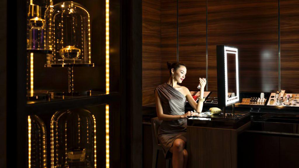 Regent Shanghai Pudong Luxury Hotel - Shanghai, China - Makeup Salon