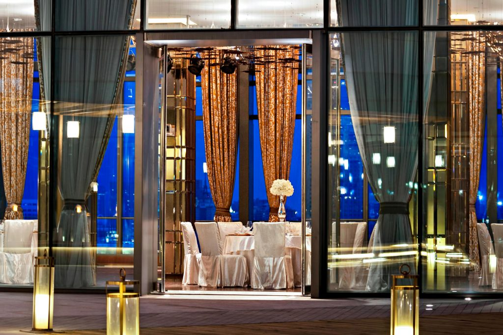 The St. Regis Tianjin Luxury Hotel - Tianjin, China - Riviera Restaurant - Night Diamond Mood