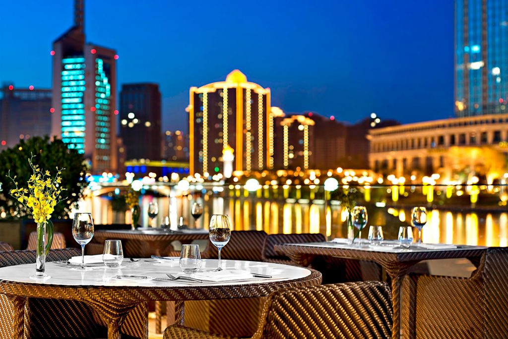 The St. Regis Tianjin Luxury Hotel - Tianjin, China - Riviera Restaurant - Night Terrace Dinner