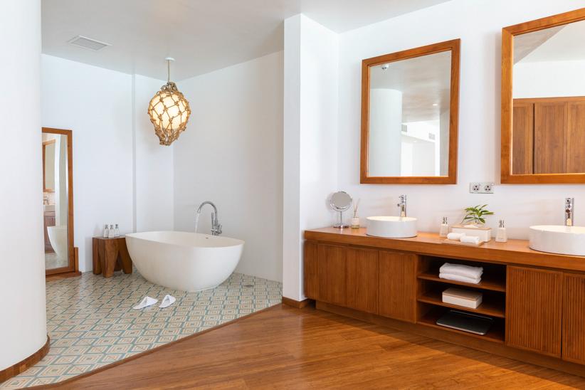 Amilla Fushi Luxury Resort and Residences - Baa Atoll, Maldives - Overwater Villa Bathroom