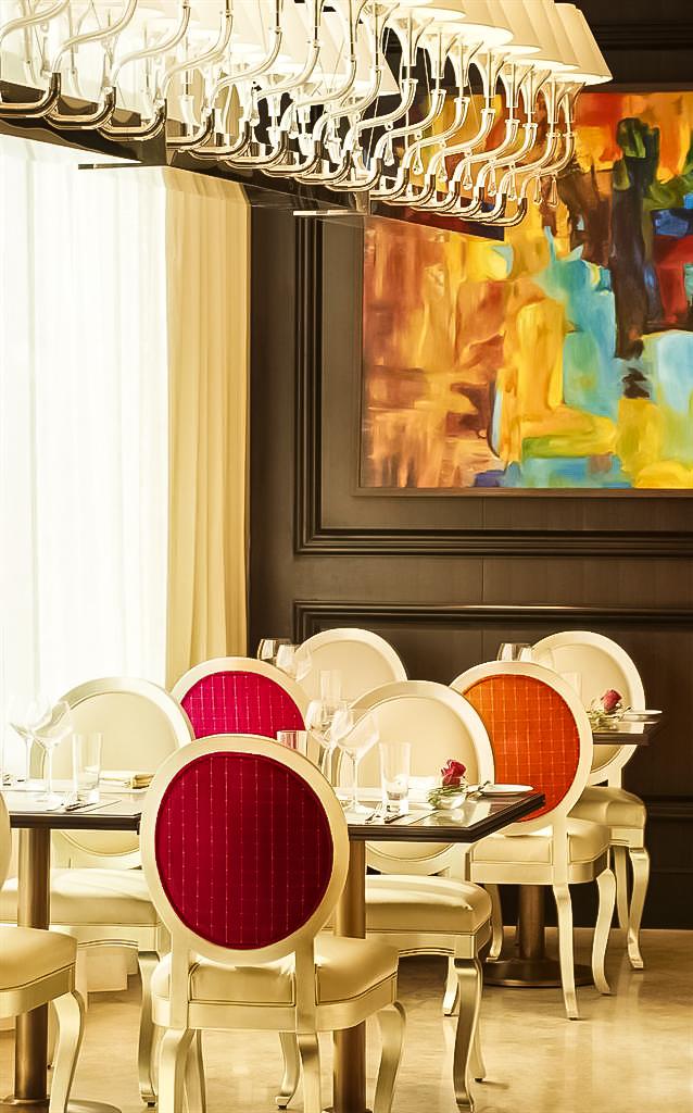 The St. Regis Abu Dhabi Luxury Hotel - Abu Dhabi, United Arab Emirates - Restaurant