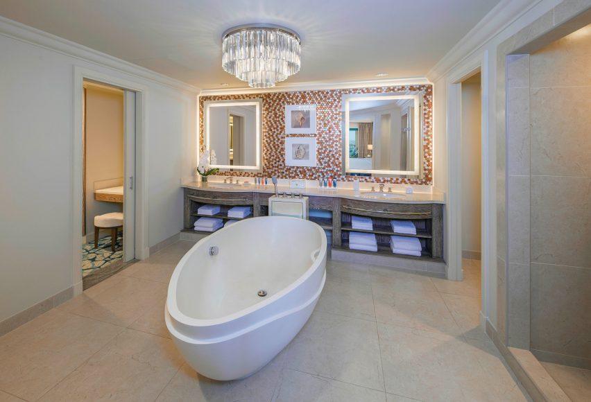 Atlantis The Palm Luxury Resort - Crescent Rd, Dubai, UAE - Terrace Club Suite Bathroom