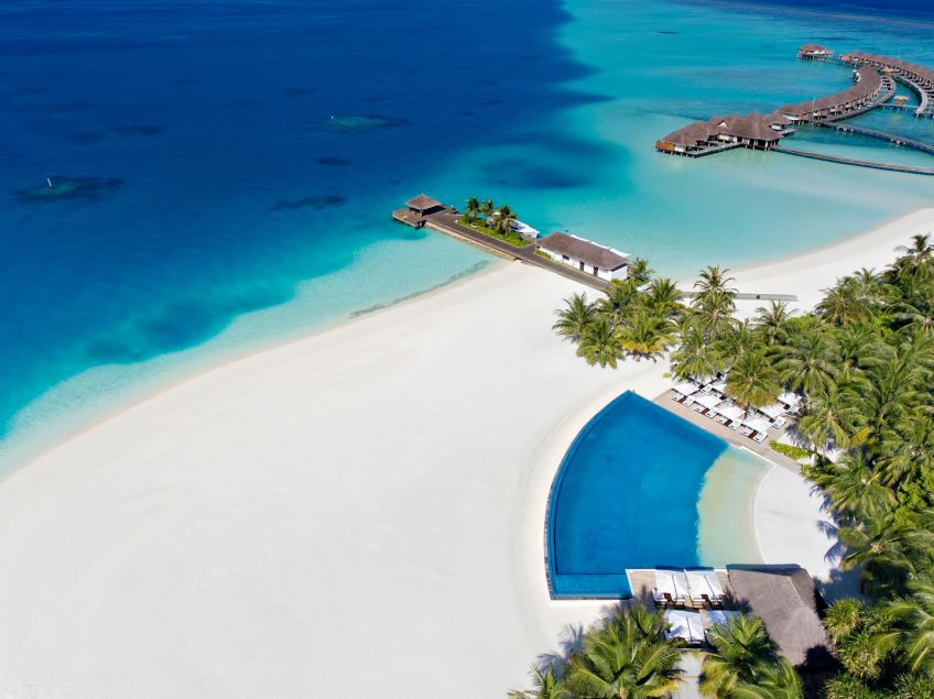 Velassaru Maldives Luxury Resort - South Male Atoll, Maldives - Infinity Pool