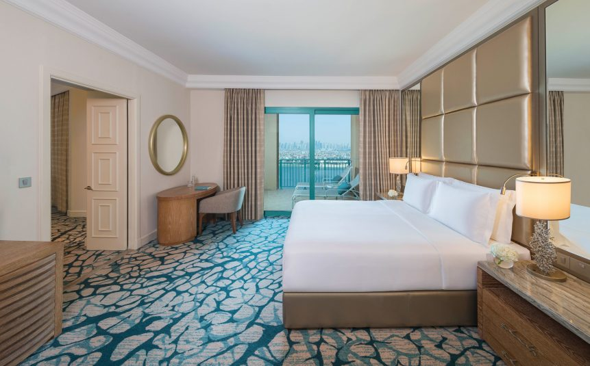Atlantis The Palm Luxury Resort - Crescent Rd, Dubai, UAE - Terrace Club Suite Bedroom