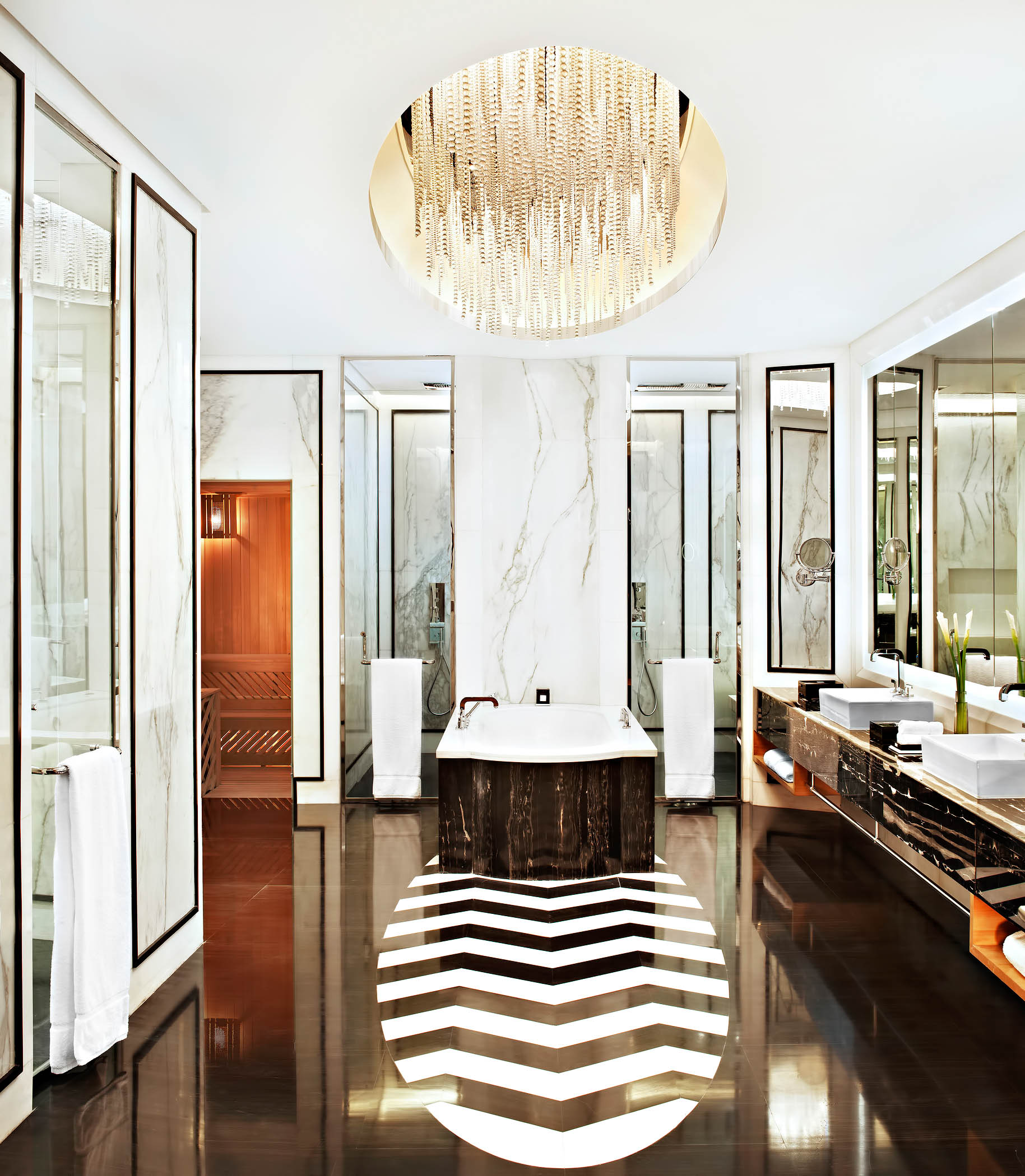 The St. Regis Tianjin Luxury Hotel - Tianjin, China - Riviera Restaurant - Presidential Suite Bathroom