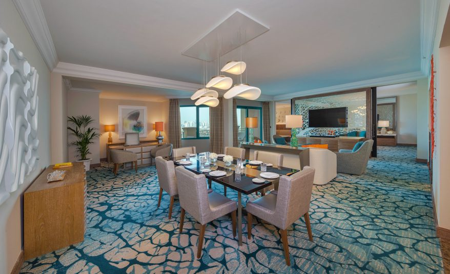 Atlantis The Palm Luxury Resort - Crescent Rd, Dubai, UAE - Regal Suite Living Room