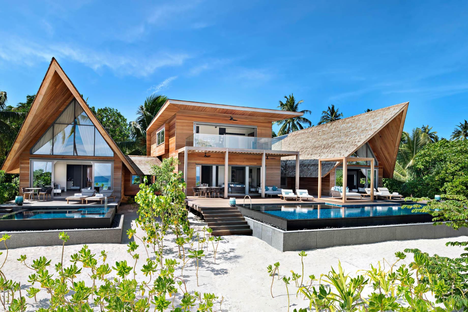 The St. Regis Maldives Vommuli Luxury Resort - Dhaalu Atoll, Maldives - Caroline Astor Estate Exterior