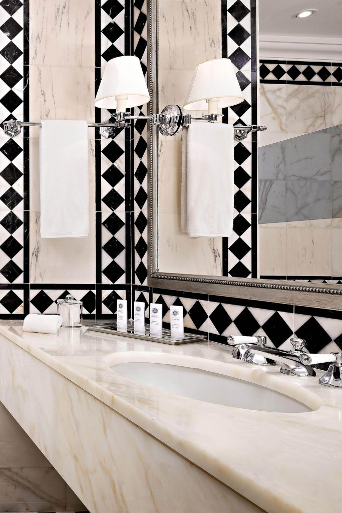 The St. Regis Florence Luxury Hotel - Florence, Italy - Guest Bathroom
