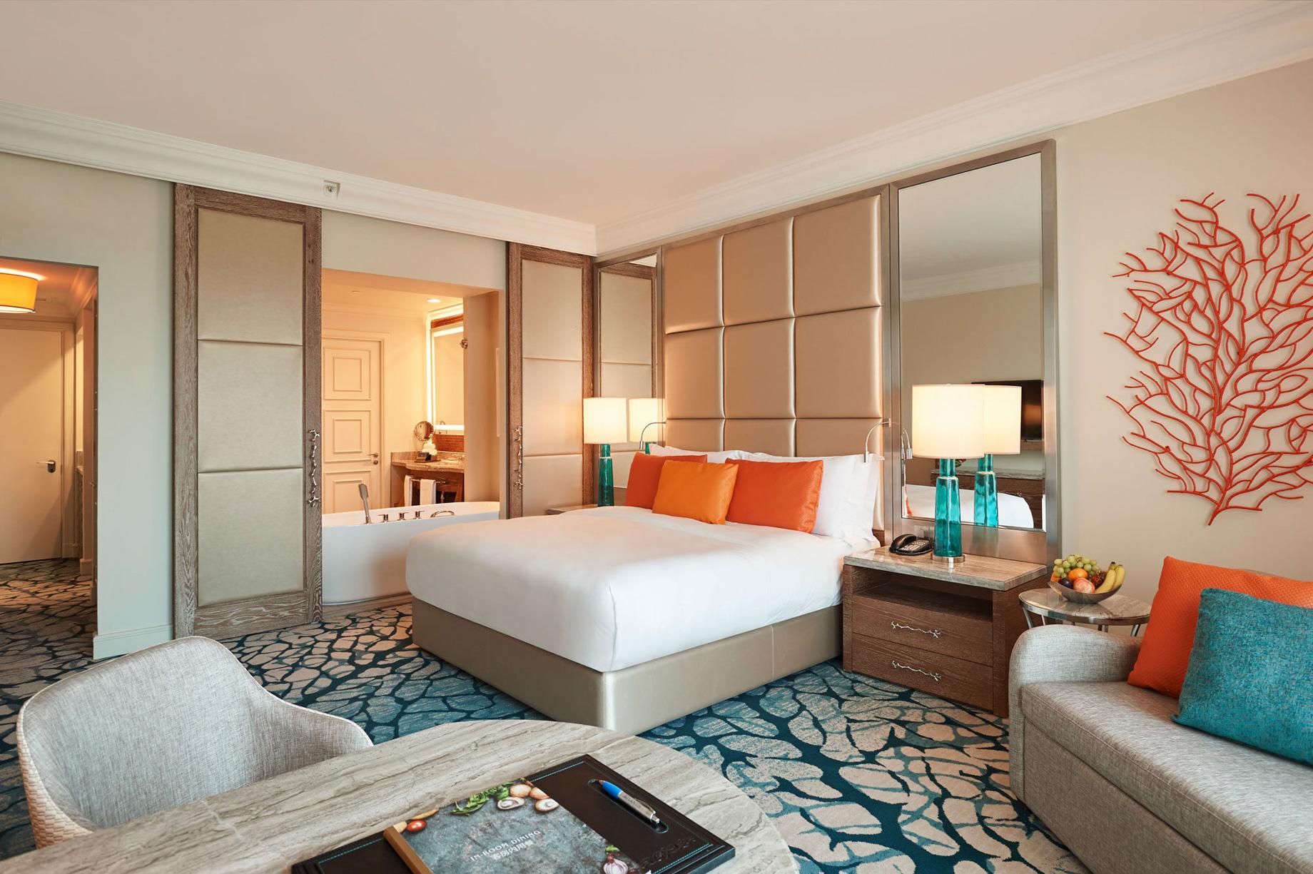 Atlantis The Palm Luxury Resort – Crescent Rd, Dubai, UAE – Ocean View Bedroom