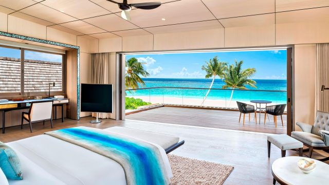 The St. Regis Maldives Vommuli Luxury Resort - Dhaalu Atoll, Maldives - Caroline Astor Estate Master Bedroom