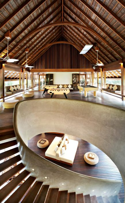 W Maldives Luxury Resort - Fesdu Island, Maldives - Energy Lounge