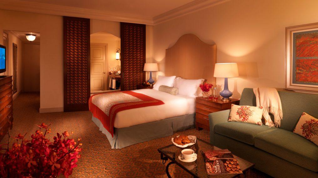 Atlantis The Palm Luxury Resort - Crescent Rd, Dubai, UAE - Deluxe Bedroom