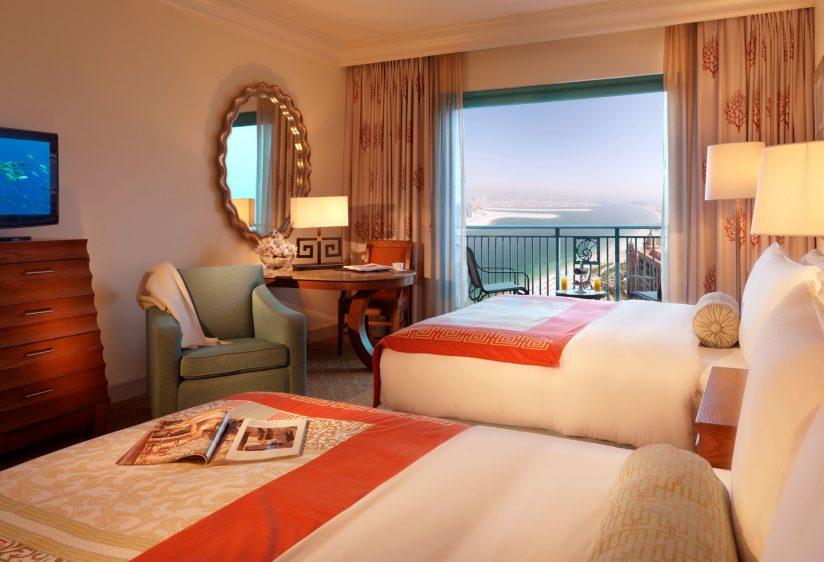 Atlantis The Palm Luxury Resort - Crescent Rd, Dubai, UAE - Palm Beach Deluxe Bedroom