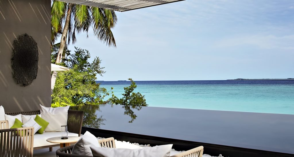 Cheval Blanc Randheli Luxury Resort - Noonu Atoll, Maldives - Infinity Pool Deck View