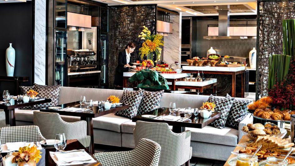 Regent Shanghai Pudong Luxury Hotel - Shanghai, China - Tower Lounge Breakfast