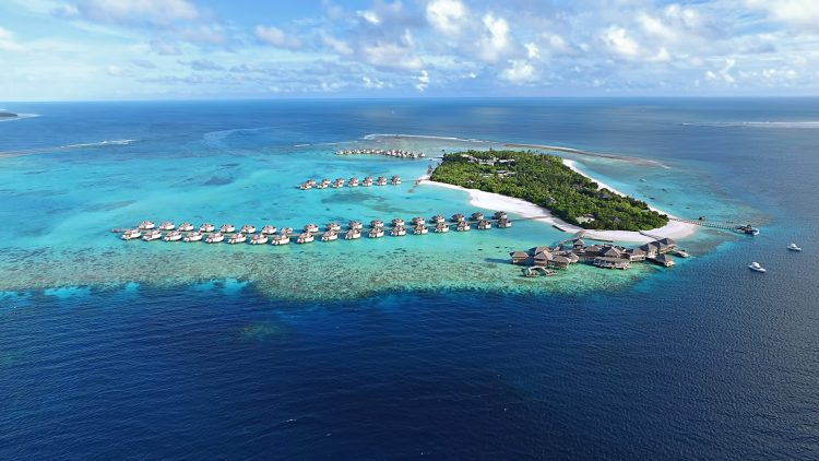 Six Senses Laamu Luxury Resort - Laamu Atoll, Maldives - Resort Aerial