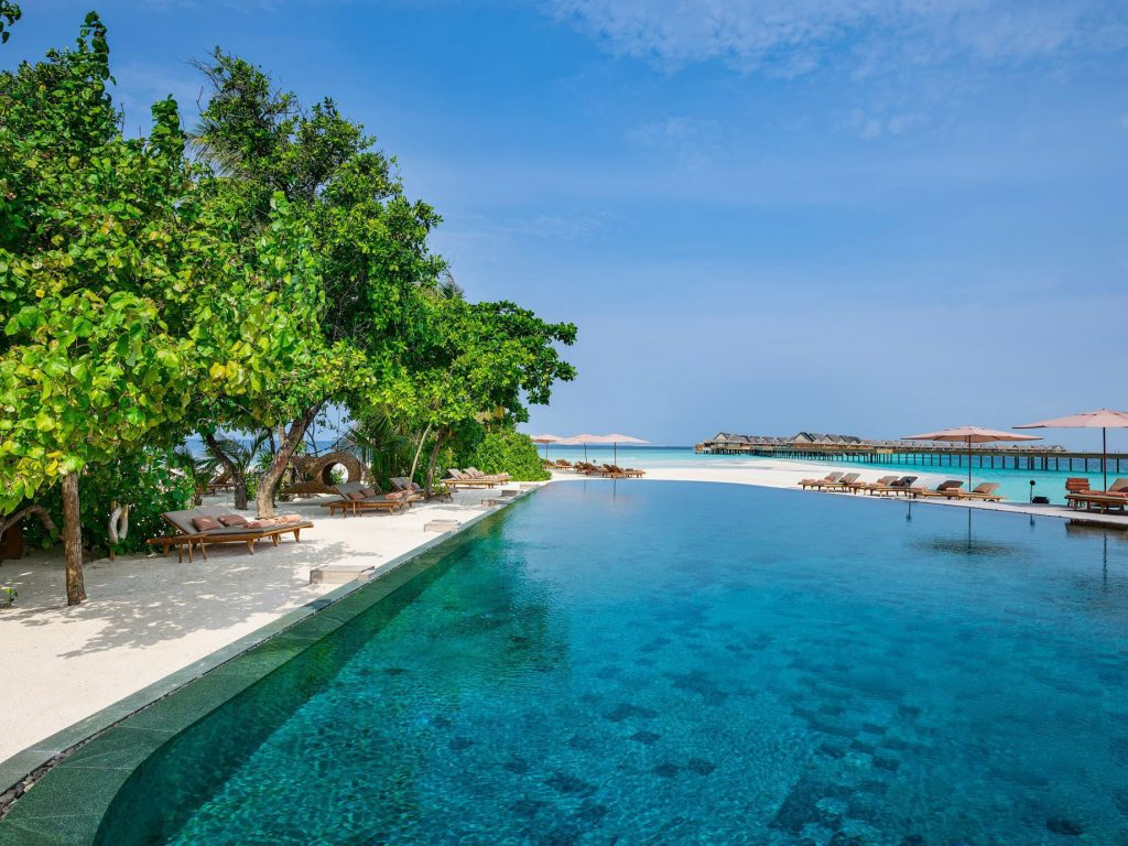 Joali Maldives Luxury Resort - Muravandhoo Island, Maldives - White Sand Beach Pool