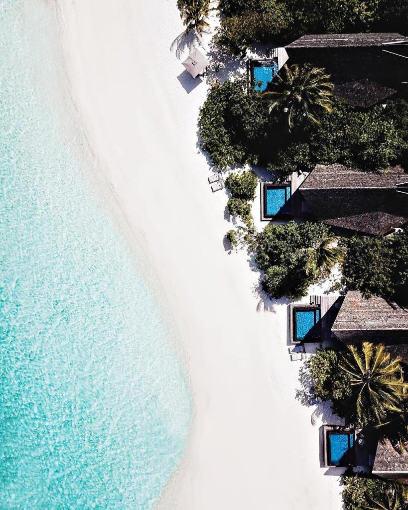 The St. Regis Maldives Vommuli Luxury Resort - Dhaalu Atoll, Maldives - Beach Villas