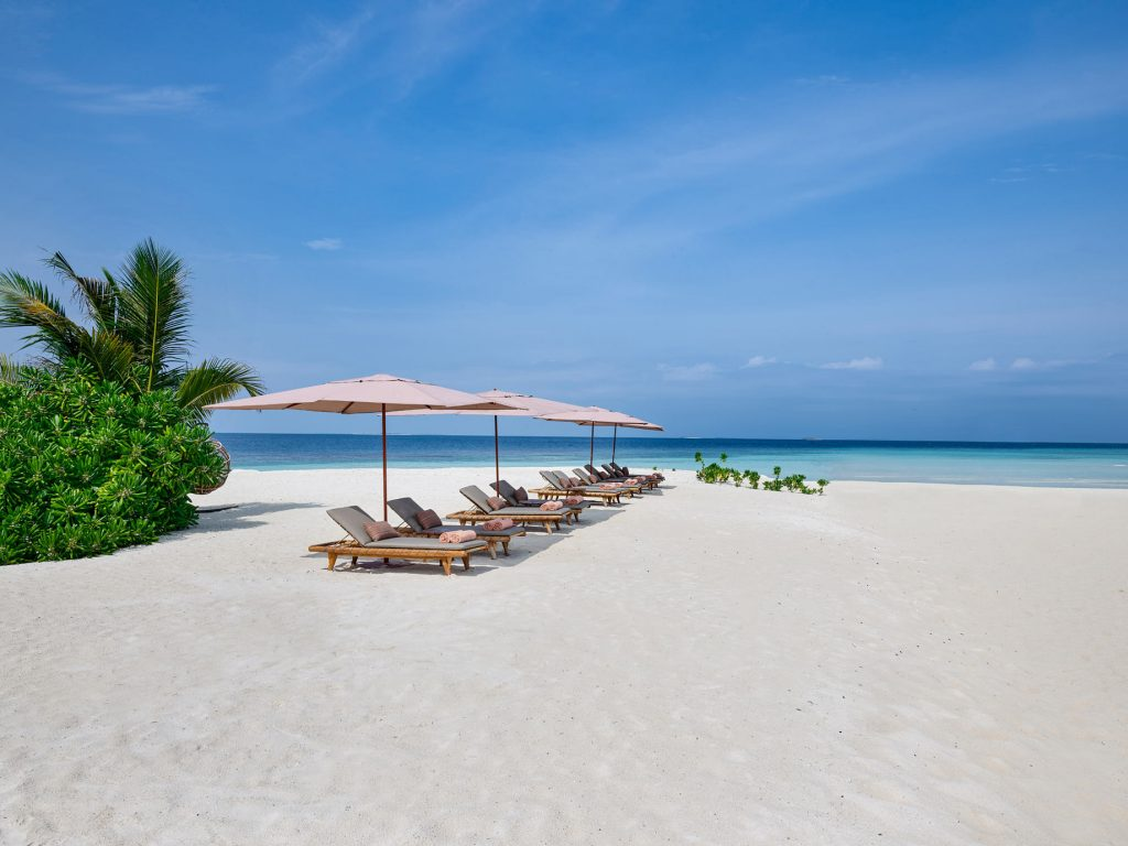 Joali Maldives Luxury Resort - Muravandhoo Island, Maldives - White Sand Beach Chairs
