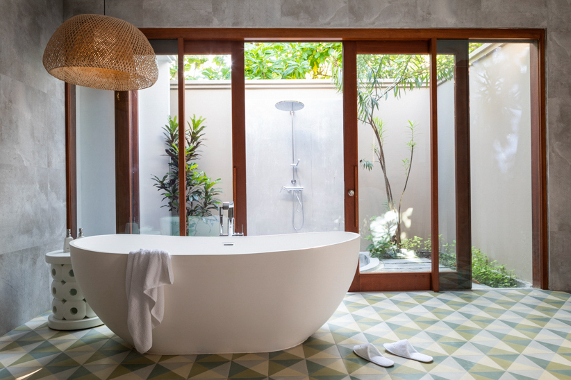 Amilla Fushi Luxury Resort and Residences - Baa Atoll, Maldives - Beach Villa Bathroom