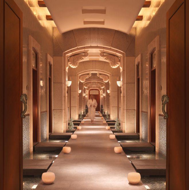 Atlantis The Palm Luxury Resort - Crescent Rd, Dubai, UAE - Spa Corridor