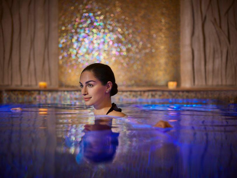 Atlantis The Palm Luxury Resort - Crescent Rd, Dubai, UAE - Spa Pool