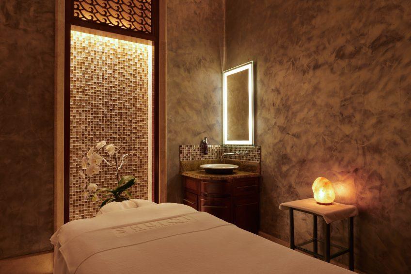 Atlantis The Palm Luxury Resort - Crescent Rd, Dubai, UAE - Spa Treatment Room