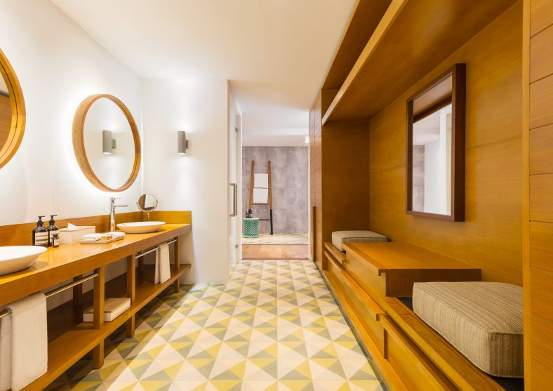 Amilla Fushi Luxury Resort and Residences - Baa Atoll, Maldives - Oceanfront Beach Villa Bathroom