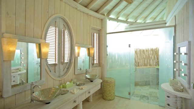 Soneva Jani Luxury Resort - Noonu Atoll, Medhufaru, Maldives - 2 Bedroom Water Retreat Villa Bathroom