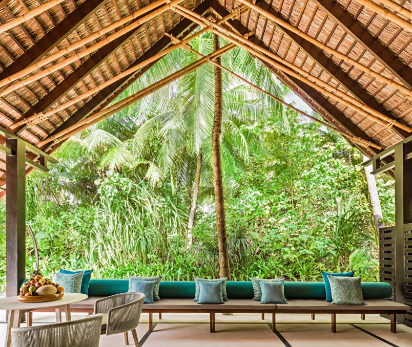 One&Only Reethi Rah Luxury Resort - North Male Atoll, Maldives - Grand Beach Villa Lounge
