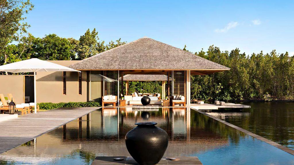 Amanyara Luxury Resort - Providenciales, Turks and Caicos Islands - 6 Bedroom Amanyara Villa Infinity Poolside Lounge