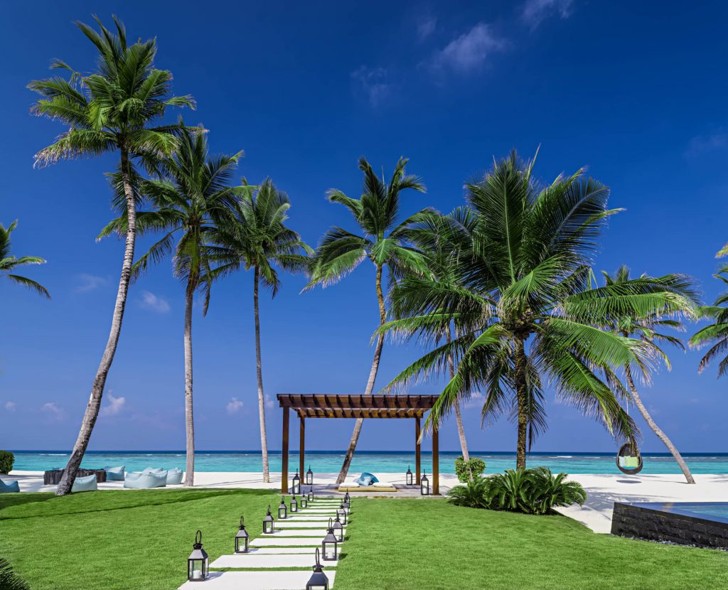 One&Only Reethi Rah Luxury Resort - North Male Atoll, Maldives - Grand Beach Villa Beachfront View