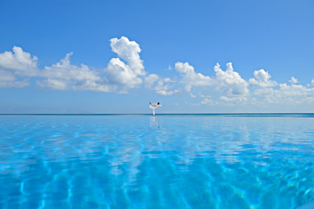 Velassaru Maldives Luxury Resort - South Male Atoll, Maldives - Infinity Pool Ocean View