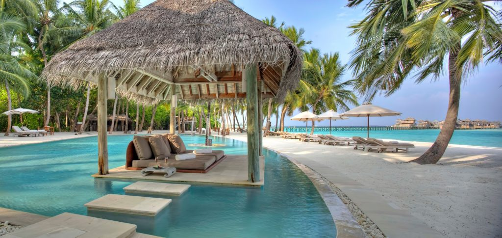 Gili Lankanfushi Luxury Resort - North Male Atoll, Maldives - Resort Beachfront Pool
